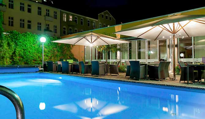 Mercure-Hotel-Berlin-City-West-Pool