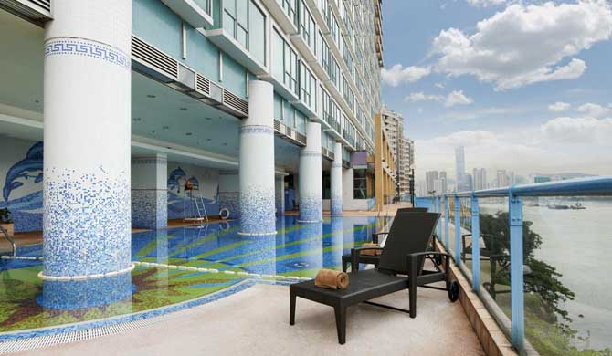 Campus-Hong-Kong-Hostel-Pool