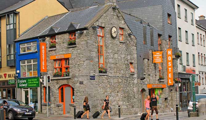 Galway-City-Hostel